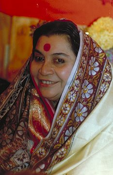 Al Muddaththir (The One Wrapped Up) Shri Mataji Nirmala Devi